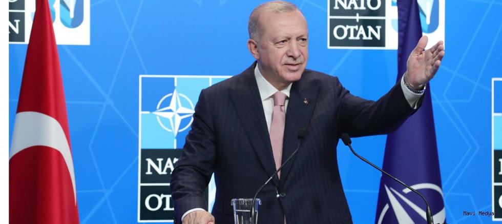 """Erdoğan: """"Türkiye'de yalan terörü estiriliyor"""""""
