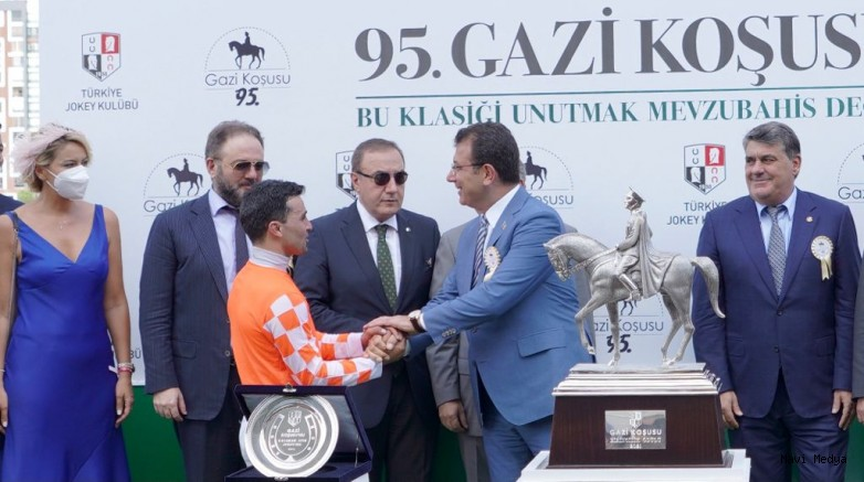 Gazi Koşusu'nu jokey Ahmet Çelik 7'nci kez kazandı