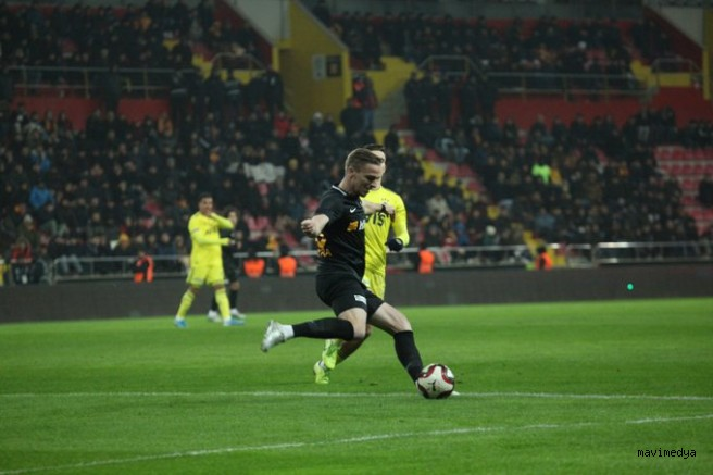 Hes Kablo Kayserispor Fenerbahçe ile 0-0 berabere kaldı.